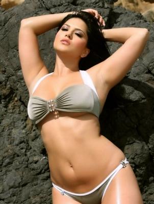 Sunny leone latest nude pics